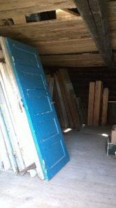 Ovia ja puutavaraa Tammelan varaosapankissa